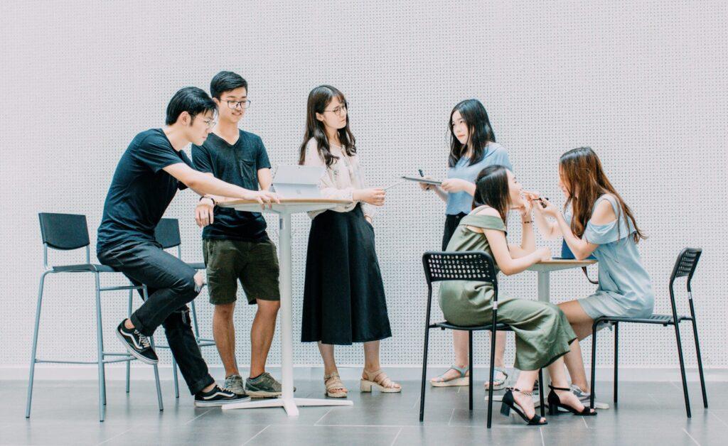 学生時代と社会人の生活の違い